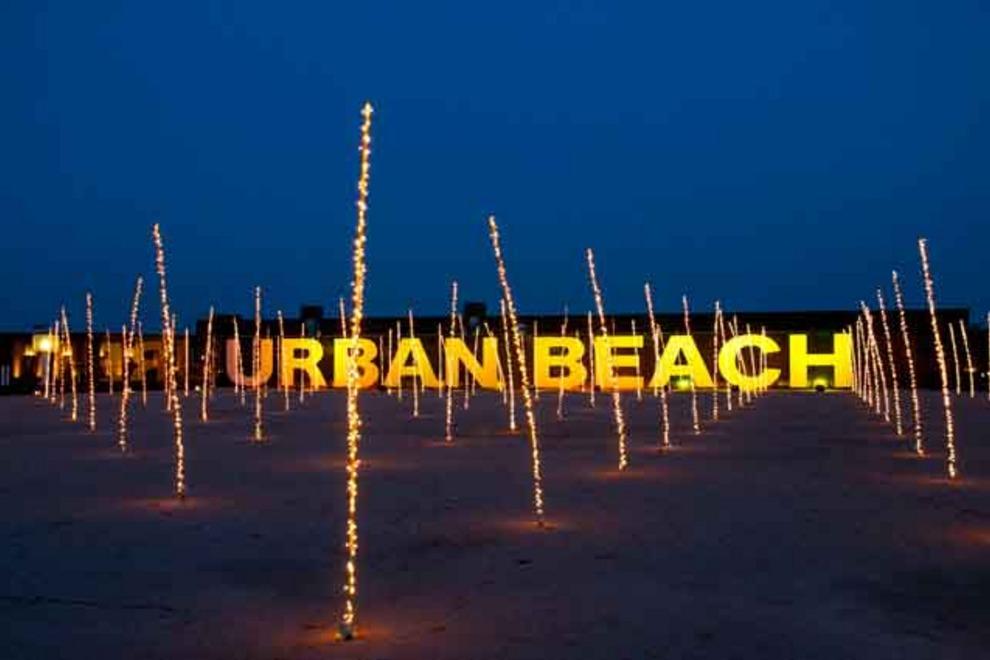 Urban-Beach_54_990x660_201406010229