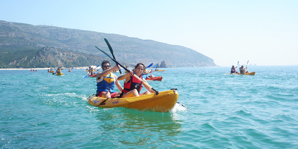 You can have a full day full of Rock Climbing, Canoeing and Hiking in the Adventure in Arrábida Experience, or if you just want to stay by the water, just spend a morning or an afternoon, Canoeing in Arrábida.