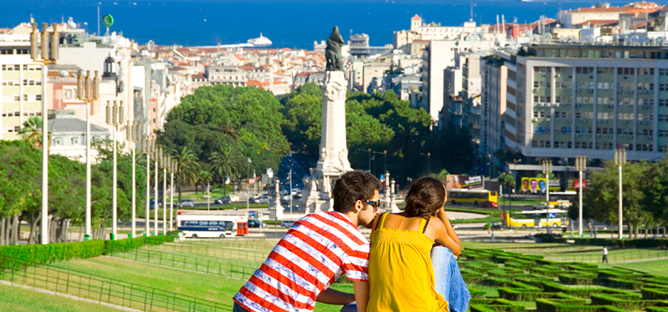 Another good option is Eduardo VII Park which is in the perfect location for an amazing view of downtown Lisbon and the Tagus river.