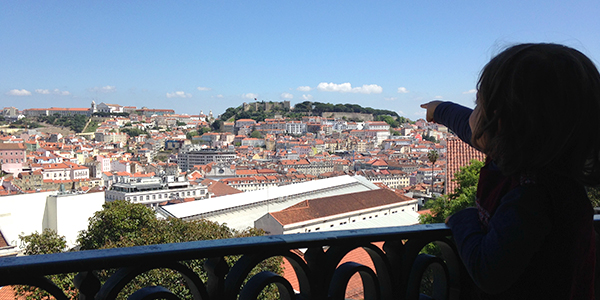 Visiting Lisbon with your kids? There are several options to keep you and your family entertained while experiencing Lisbon in a different way. We have special walks for your family.